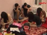 """Video An ninh - Hiện trường """"thác loạn"""" trong quán karaoke tại Bắc Ninh"""