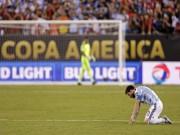"""Bóng đá - """"Chiếc áo giáp"""" Argentina và ngày Messi gục ngã"""