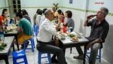 """""""Bún chả Obama"""" bất ngờ xâm nhập ẩm thực Sài Gòn"""