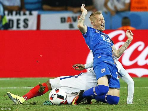 Anh - Iceland: Chiến thắng thuộc về người xứng đáng