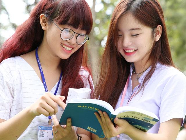 Những thí sinh đầu tiên trúng tuyển đại học năm 2016