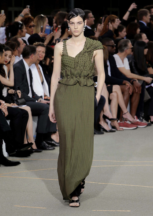 Chìa khóa thành công của Givenchy: Riccardo Tisci! - 16