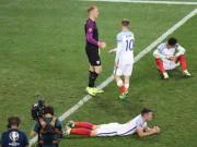 Bóng đá - Brexit ở EURO: Cầu thủ Anh đổ gục, fan chết lặng