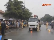 Video An ninh - Bị cuốn vào gầm xe tải, hai nữ công nhân tử vong