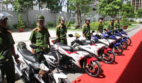 Trang bị 100 mô tô đặc chủng cho CA bắt cướp ở Sài Gòn