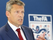 Bóng đá - Tam Sư thất bại, lãnh đạo bóng đá Anh tiết lộ gây sốc