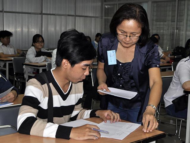 Gần 888.000 thí sinh làm thủ tục dự thi THPT Quốc gia
