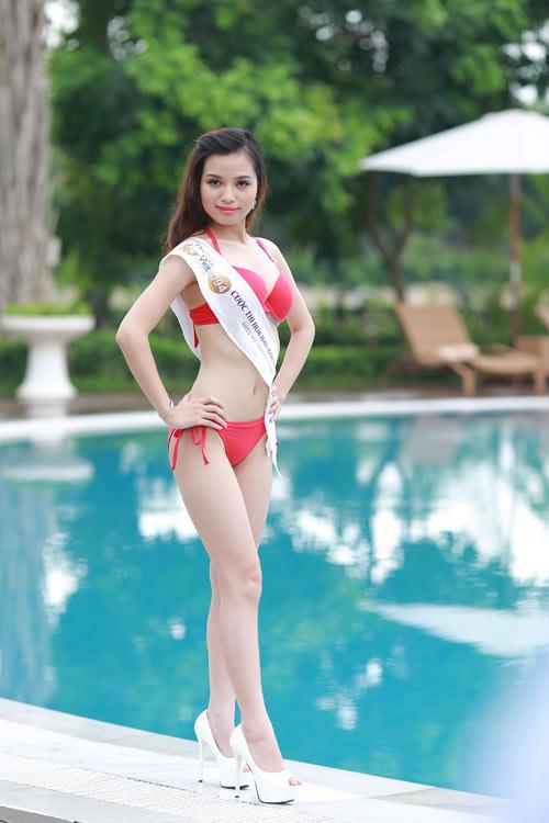Thí sinh Hoa hậu Bản sắc Việt khoe dáng với bikini - 2