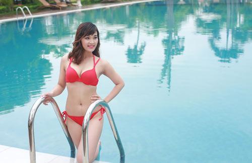 Thí sinh Hoa hậu Bản sắc Việt khoe dáng với bikini - 10