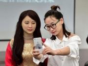 """Công nghệ thông tin - Trung Quốc ra mắt """"thánh nữ robot"""" giống hệt người"""