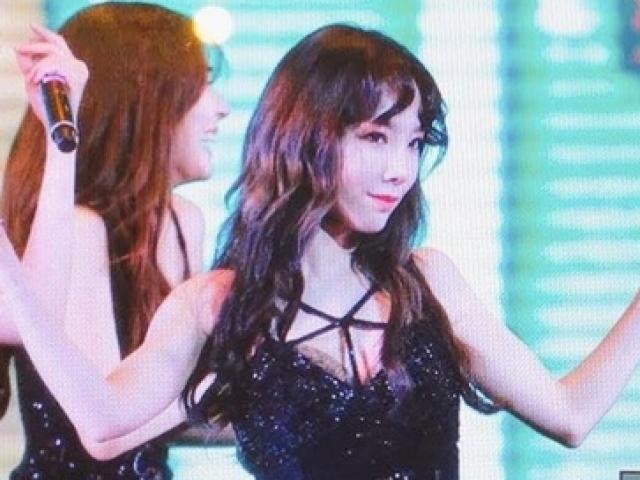"""Giữa trưa nắng, Jessica SNSD quá """"hot"""" nên khó thoát vòng vây fan Việt - 10"""