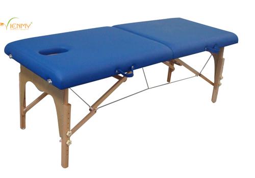 Thực hiện xoa bóp tận nơi cùng giường massage di động - 1