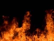 Chồng chết, vợ tử vong với nhiều vết chém trong căn nhà cháy