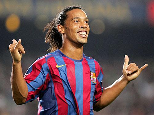 Công Vinh săn sao NHA, đón Ronaldinho đến Việt Nam