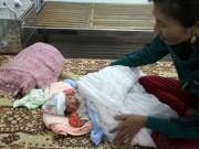 Tin tức trong ngày - Bé trai sơ sinh nặng 3,1 kg bị bỏ rơi ở cạnh mương thủy lợi