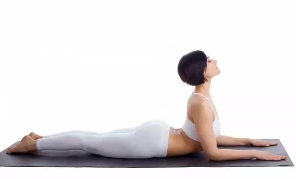 """10 phút tập bài yoga siêu đơn giản để khỏe """"từ trong ra ngoài"""" - 3"""