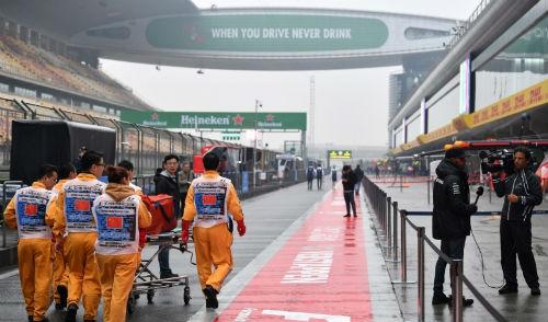 F1 - Chinese GP: Khốn khổ vì thời tiết, lo có đại nạn - 2