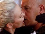 """"""" Nóng cực độ """"  với nụ hôn hút 139 triệu lượt xem của sao Fast 8"""