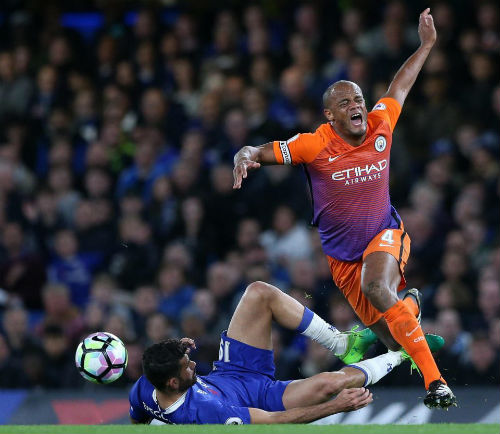 """""""Chí Phèo"""" Costa gây rối, Chelsea hậu họa khôn lường"""