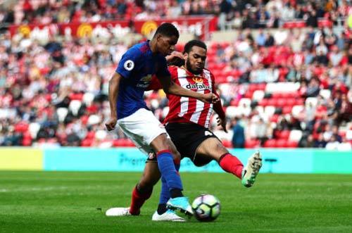 Sunderland - MU: Thẻ đỏ & bữa tiệc 3 bàn - 2