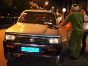 Tin TP Hồ Chí Minh - Đêm cuối tuần, ông Hải bất ngờ xuống đường xử xe biển xanh