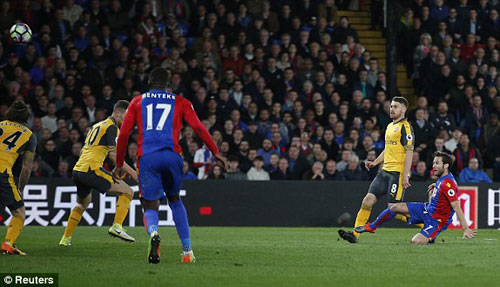 Crystal Palace – Arsenal: Siêu phẩm & cái kết khó tin - 1
