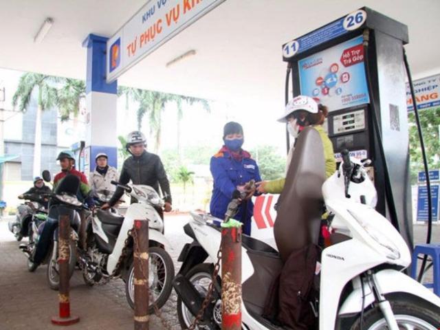 Xăng dầu đồng loạt tăng giá trong đợt nắng nóng kỷ lục - 2