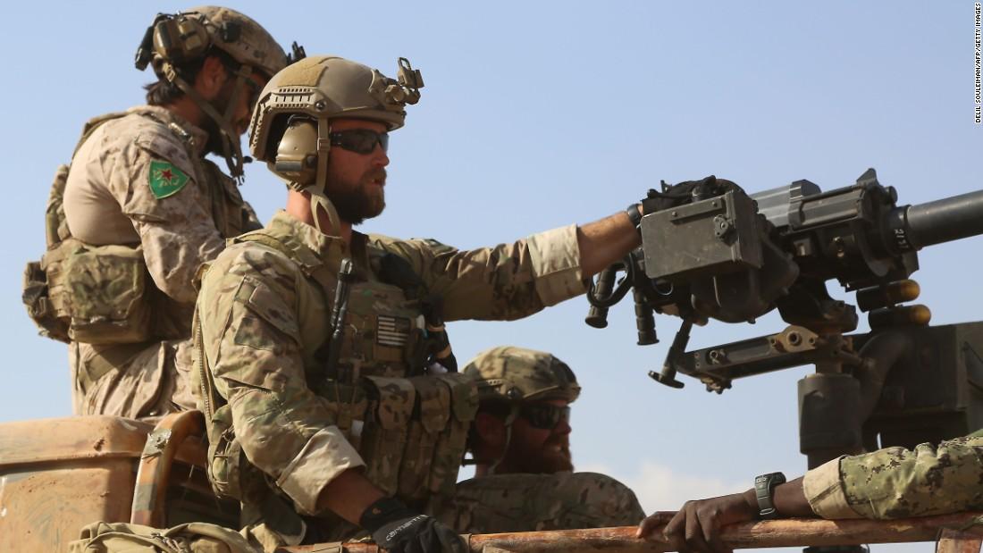 Mỹ có kế hoạch đổ bộ ồ ạt 150.000 quân tấn công Syria? - 2