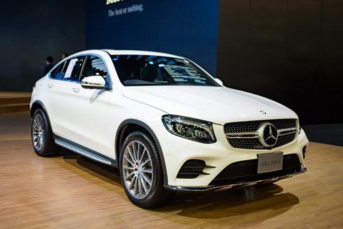 Mercedes GLC Coupe 2,6 tỷ đồng đấu BMW X4