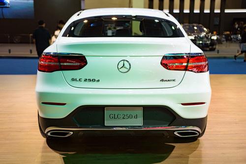 Mercedes GLC Coupe 2,6 tỷ đồng đấu BMW X4 - 6