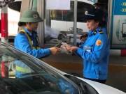 Tin tức trong ngày - Hồi kết vụ dùng tiền lẻ mua vé qua trạm thu phí