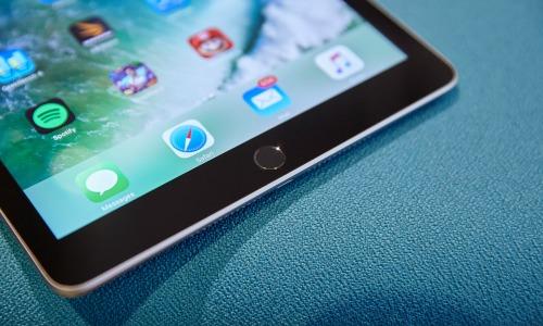 Đánh giá chi tiết Apple iPad 9,7 inch (2017) - 4