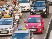 Tài chính - Bất động sản - Bộ Giao thông xem xét hạn chế phát sinh lượng xe Uber và Grab