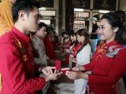 Tin tức trong ngày - Độc đáo lễ cưới nơi cửa phật của 14 cặp đôi Hà Thành