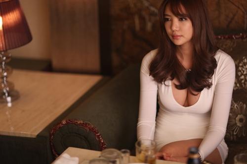 """Choáng với bữa ăn của mỹ nhân """"cấm trẻ em"""" xứ Hàn - 1"""