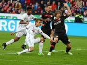 Leverkusen - Bayern Munich: Thẻ đỏ  & amp; kịch chiến đến cùng