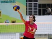 Thể thao - Người đẹp bóng chuyền Kim Huệ, Ngọc Hoa gây sốt trước 2000 fan