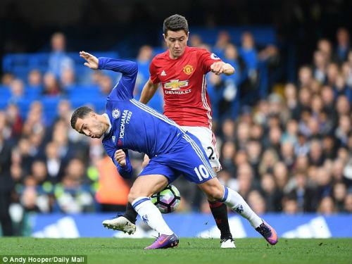 """MU-Chelsea: Mourinho dùng kế độc, Hazard """"khóc ròng"""" - 1"""