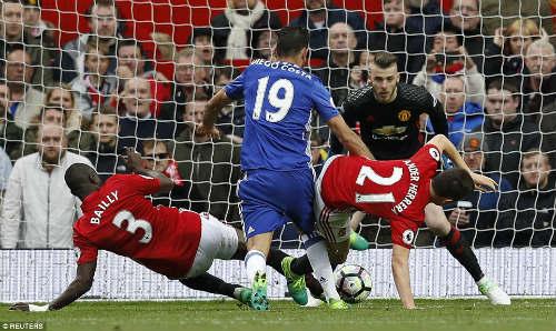 MU – Mourinho lật mặt nạ Conte: Coi chừng cú sảy chân thế kỷ - 2