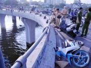 """Tin tức trong ngày - Khúc cua """"chết chóc"""" trên cầu, còn bao nhiêu người rơi xuống kênh đen?"""