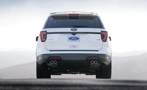 Ford Explorer 2018 mới tiện nghi và an toàn hơn - 3