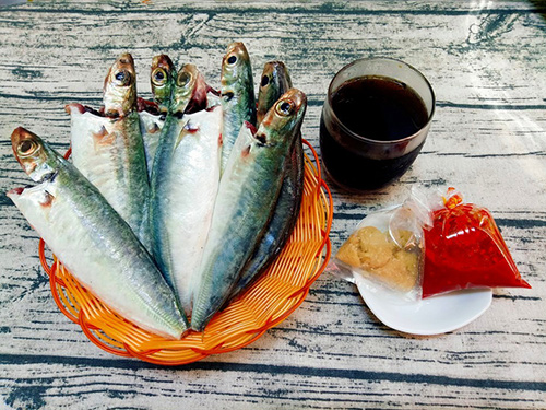 Cá nục kho coca vừa ngon, chắc thịt lại đậm đà - 1