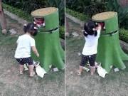 Bạn trẻ - Cuộc sống - Hành động đẹp của bé 3 tuổi khiến người lớn giật mình