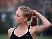 Thể thao - Tay vợt nữ xinh đẹp gặp họa vì lộ cảnh nhạy cảm