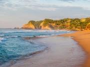 10 bãi biển đẹp tựa  thiên đường  nhưng... nên tránh xa