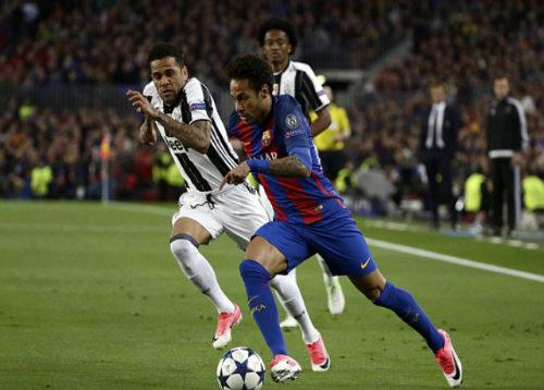 """Barcelona - Juventus: Tam tấu đấu """"xe buýt"""" 3 tầng - 1"""