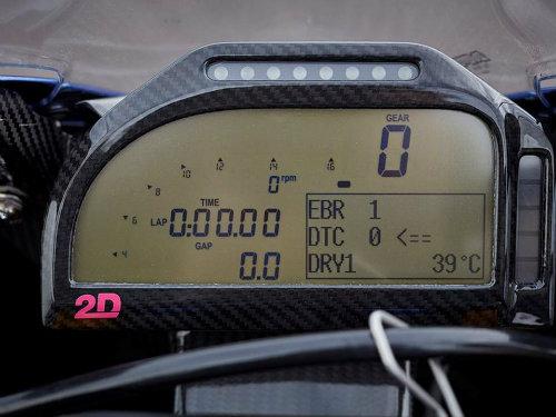 Tường tận siêu môtô BMW HP4 Race giá gần 2 tỷ đồng - 3