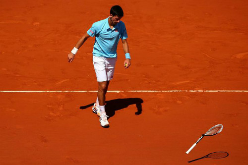 """Tin thể thao HOT 20/4: Djokovic lại """"dính phốt"""" đập vợt - 1"""