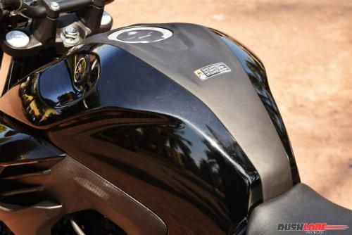 """2017 Yamaha FZ25 có xứng đáng là """"chúa tể đường phố""""? - 11"""