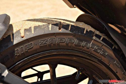 """2017 Yamaha FZ25 có xứng đáng là """"chúa tể đường phố""""? - 13"""